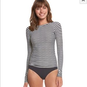 Billabong Long Sleeve Rash Guard
